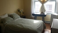 Clean & spacious room in 4.5 - Available immediately