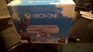 Xbox One Console - 500 GB - White Sunset Overdrive Edition