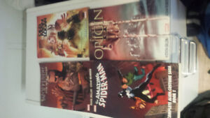 Comic books and graphic novels bundle deal