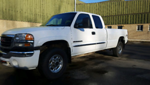 2006 gmc Sierra 2500hd ext can lb 156k auto