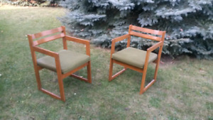 Olive Green Mid Century Canadian Chairs by Henderson of Quebec