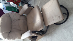 Lounge chair and foot stool ( Beige)