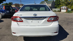 2013 Toyota Corolla CE Sedan - SUNROOF/BLUETOOTH/HTD SEATS! Kitchener / Waterloo Kitchener Area image 4