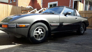 1982 Mazda RX-7 Coupe (2 door)