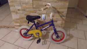 %&%velo d'enfant kid bike ( 2 A 4 ans)