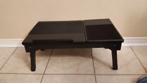 Lap Desk Bed / TV Tray Foldable Table with work light