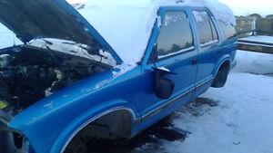 95 chevy blazer for parts Edmonton Edmonton Area image 5