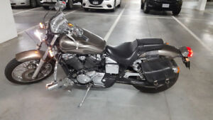 Honda Shadow Spirit VT750 2006 in good condition 32k kms