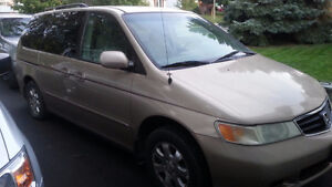 2002 Honda Odyssey - good for parts $500 or best offer takes it!