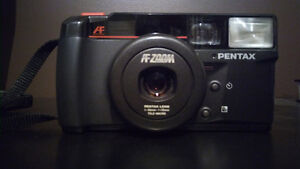 Pentax Zoom 70 S Camera (2nd Variation)