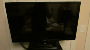 "32"" LED tv --SOLD-- but have a 37 in. for sale anda new 40-in"