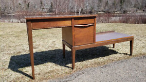 Vintage All-in-One Desk and TV Combo Stand