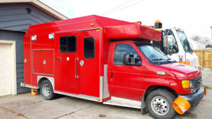 2004 Ford E450 Truck -- **PRICE REDUCED** Ready to Drive!!!