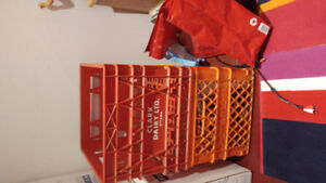 VINTAGE MILK CRATES FOR RECORDS