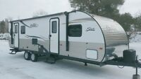 2014 Forest River Shasta 26RL Travel Trailer London Ontario Preview