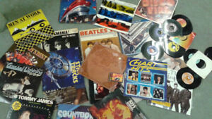 Variety of Country or Pop Vinyl Records 33 and 45 L.P.