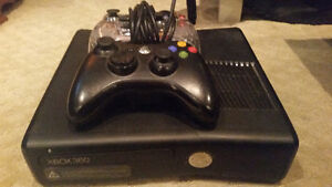 Xbox 360 2 controllers and 23 games