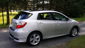 2012 Toyota Matrix AWD  S Familiale
