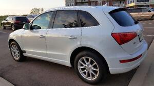 2012 Audi Q5 Premium Plus 2.0L SUV, REDUCED, NEW PRICE
