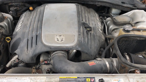 2006 Hemi Engine from Dodge RT Charger
