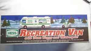 1998 HESS RECREATION VAN WITH DUNE BUGGY AND MOTORCYCLE MINT!!!