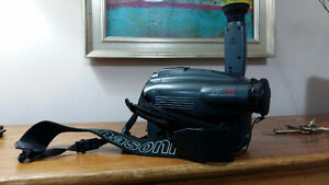 PANASONIC CAMCORDER AND BAG