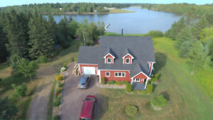 Water Front House in Shediac River