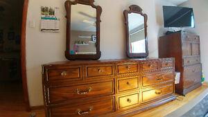 Meuble Set de chambre antique chest