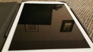 [barely used] Apple iPad Air with High Quality Hard Cover/Case