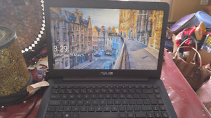ASUS Laptop for Sale.