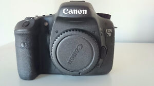 Canon 7D Body only with free gift