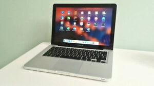 Macbook Pro 13 2.5 Ghz 4GB 500GB MS Office 2016 CS6 iMovie Logic