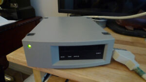 Silicon Graphics P-Dat12-EXT External Tape Drive .