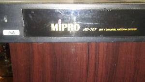 Mipro UHF 4 channel antenna devider