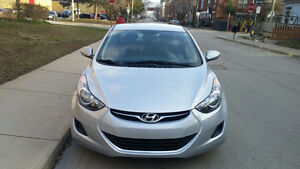2013 Hyundai Elantra GL  only 74,209km IN MINT CONDITION