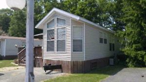 Trailer for rent at sherkston shores ON