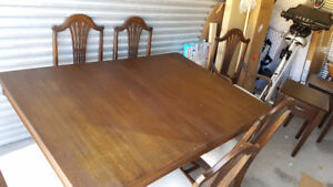 Mahogany Duncan Phyffe Dining Table & 6 Chairs