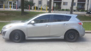 2010 Mazda 3 automatic  transmission car selling AS IS.