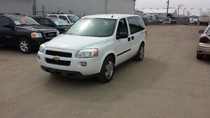2009 Chevrolet Uplander LS *HIGH MILEAGE BUT DRIVES BEAUTIFUL*