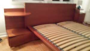 Queen size bed with chest of drawers