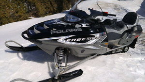 Skidoo motoneige polaris edge touring 550 fan 2005