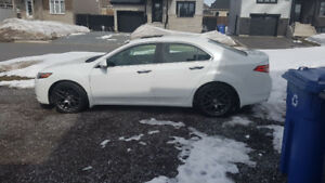 Acura tsx v6 2012 echange possible