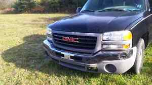 2005 GMC 1/2 ton for parts