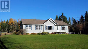 2006 Prestige home on 3 acres with barn