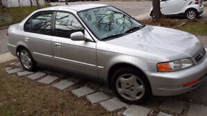 2000 Honda Civic Sedan (Acura 1.6 EL)