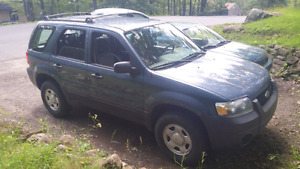 Ford escape 2006 manuel 2500$ NEGO