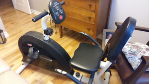 Freespirit 695 Low profile exercise bike