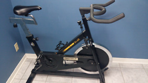 Commercial gym quality spin bike