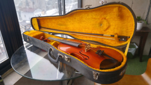 Full size Violin + case and Bow - Perfect for beginners