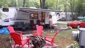 29 foot 2010 four winds travel trailer. 4 bunks